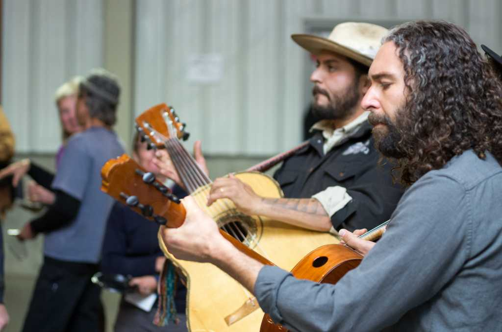 Lone Piñon playing at Tastes of Tierra Viva